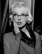 marilyn-monroe-how-marry-millionaire-glasses